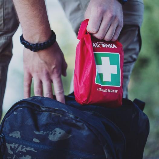 Genügend Platz für eine First Aid Tasche, wie z.B. von Tatonka.