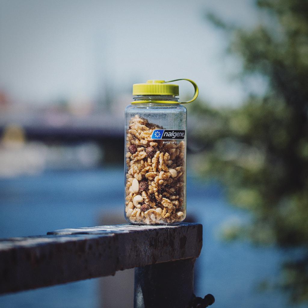 Nalgene Trinkflasche als Snack-Behälter