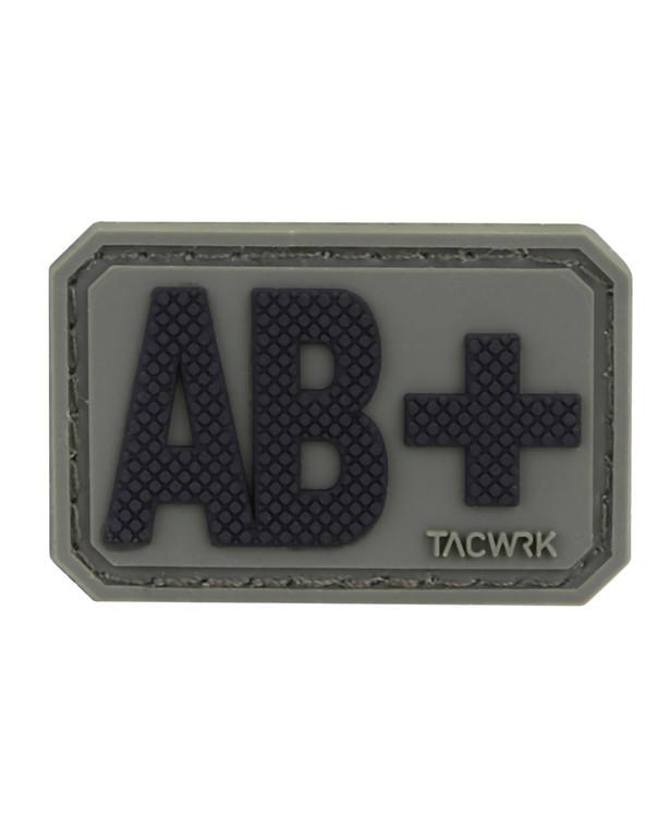 TACWRK Blutgruppe PVC Patch AB+ Oliv