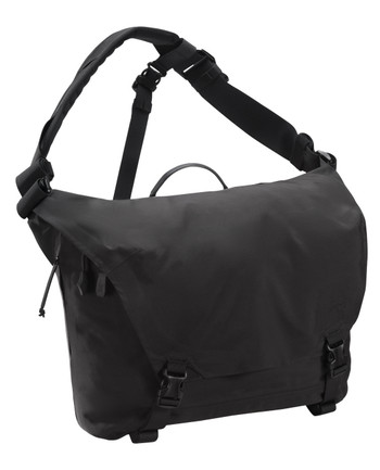 Arc'teryx LEAF - Courier Bag 15 Black Schwarz