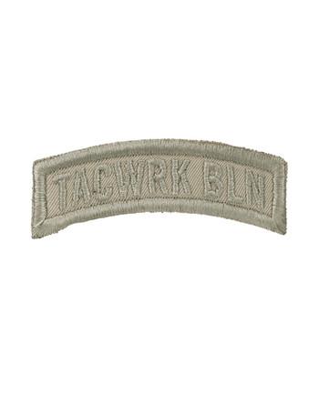 TACWRK - Bow Patch Gestickt Tan
