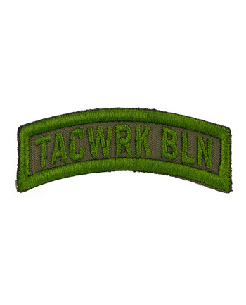 TACWRK - Bow Patch Gestickt Oliv
