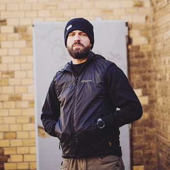 Carinthia - TLG Vest Black