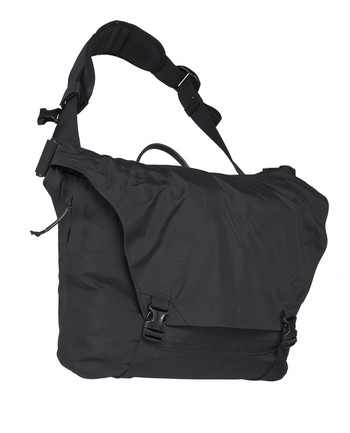 Arc'teryx LEAF - Courier Bag 15 Black