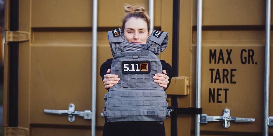 Artikel für Frauen Military Fitness