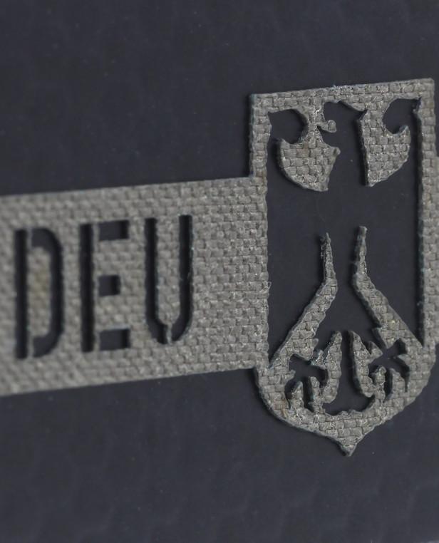 TACWRK Deutschland Flagge Camo: Steingrau Oliv, Folie: IR SOLAS